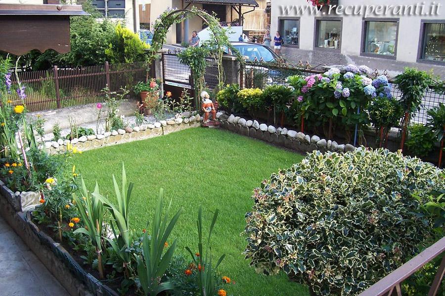 Damigiane in giardino idee per la casa - Giardini in bottiglia ...